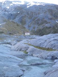 Ivory Lake hut